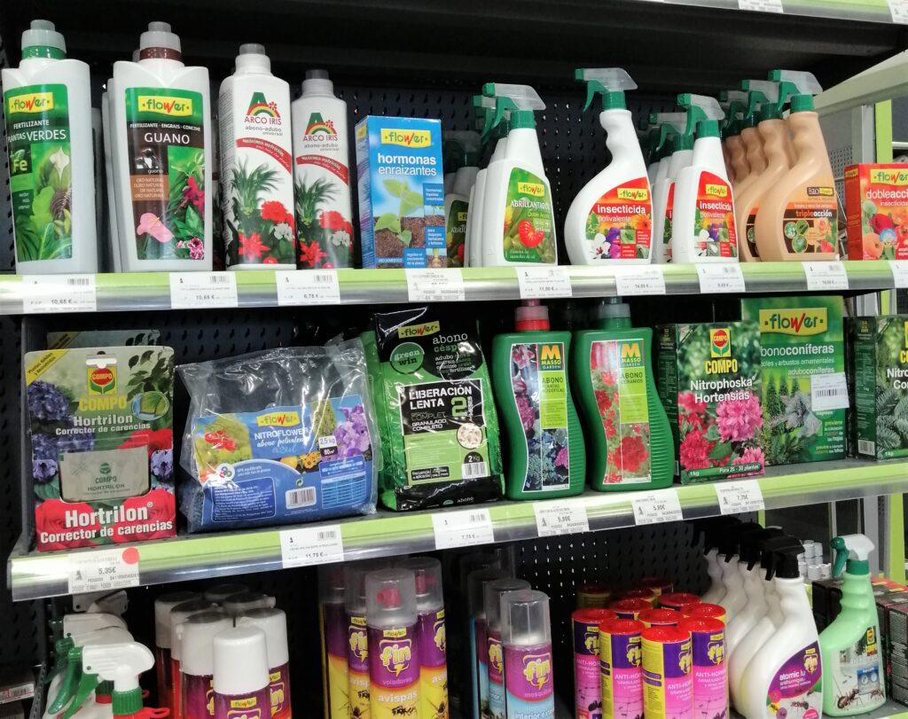 productos para cuidar plantas y el jardón